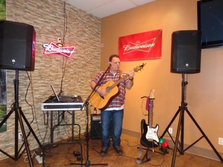 Le chansonnier Mathieu Lavoie de retour ce vendredi  23 janvier.